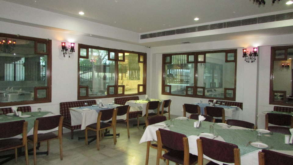Hotel  Diana Palace, Jaipur Jaipur Jharokha Restaurant Hotel Diana Palace Jaipur
