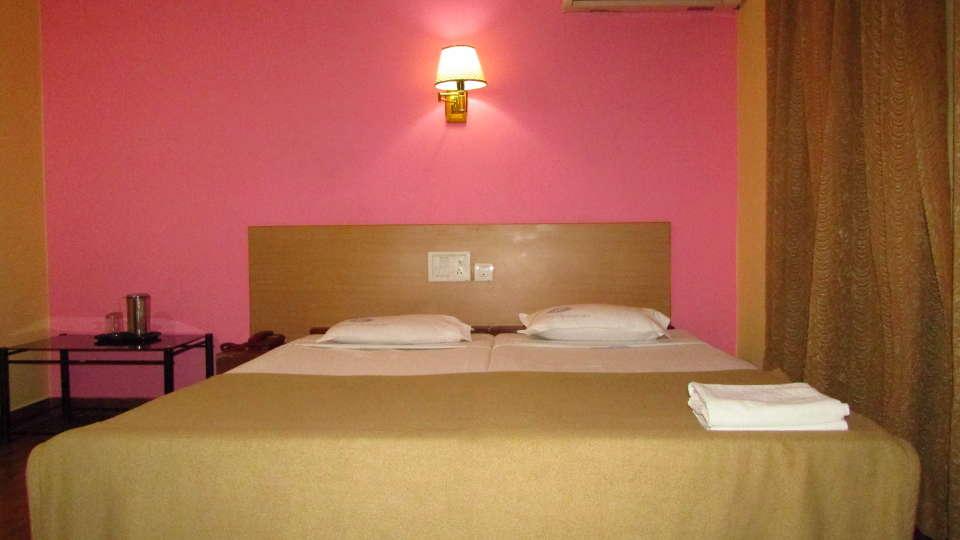 Hotel Srinivas, Kochi Cochin Single AC Room Hotel Srinivas Inn Kochi 3