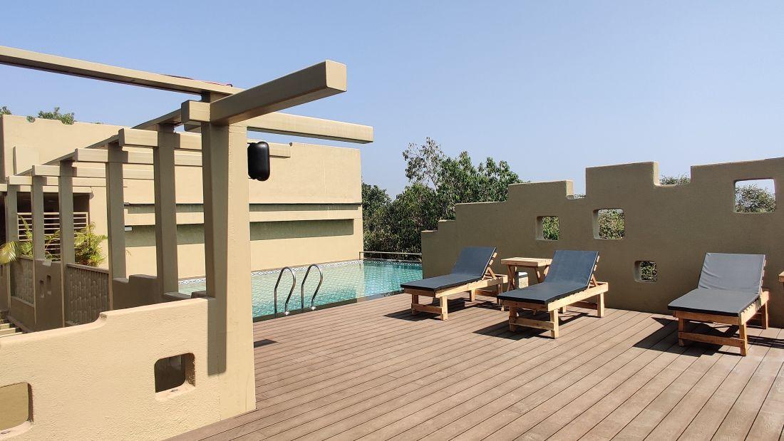 Pool Side1