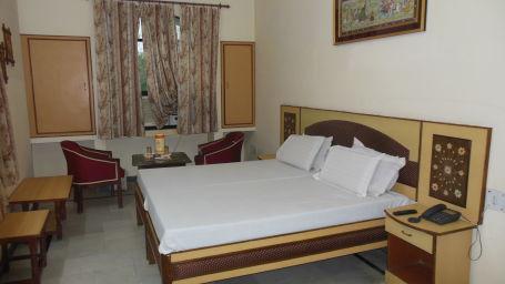 Hotel Taj Plaza Agra Deluxe Rooms Hotel Taj Plaza Agra 45