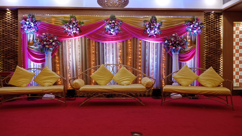 Banquet Hall at Kohinoor Lodge - Dadar Mumbai 27