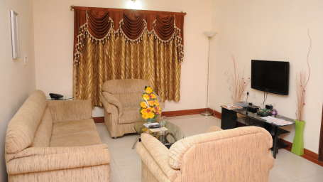 Maple Suites Serviced Apartments, Bangalore Bangalore Suite Living Room Maple Suites Serviced Apartments Bangalore