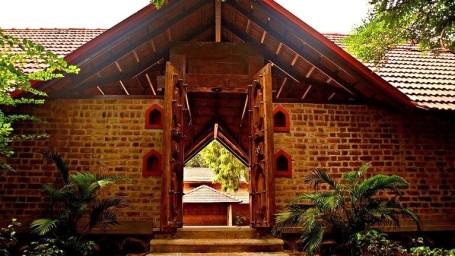 Dakshinchitra near Hablis Hotels Chennai
