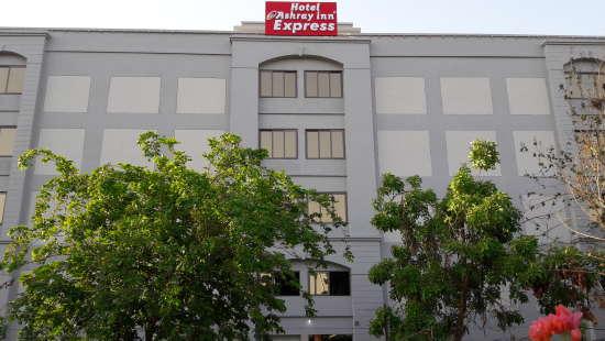 Hotel Ashray Inn Express Ahmedabad Hotel Exterior