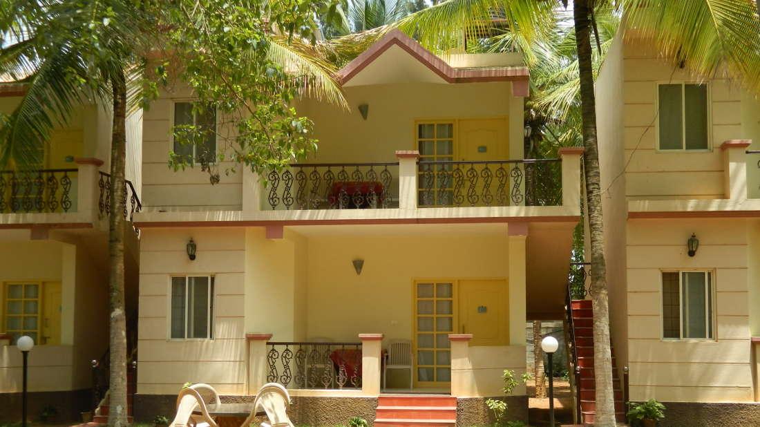 Fantasy Golf Resort Bangalore Exterior View of Deluxe AC Cottages at Fantasy Golf Resort Bangalore