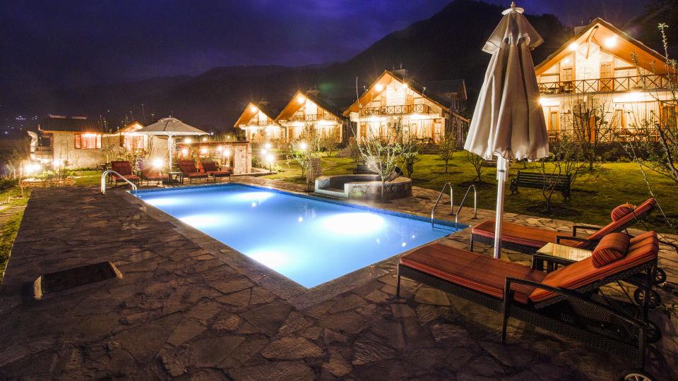 Pool at LaRisa Beach Resort in Goa