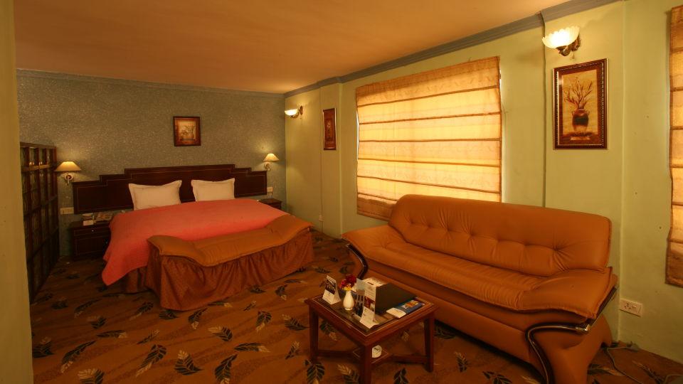 Deluxe Rooms Sarovar Portico Badrinath 1
