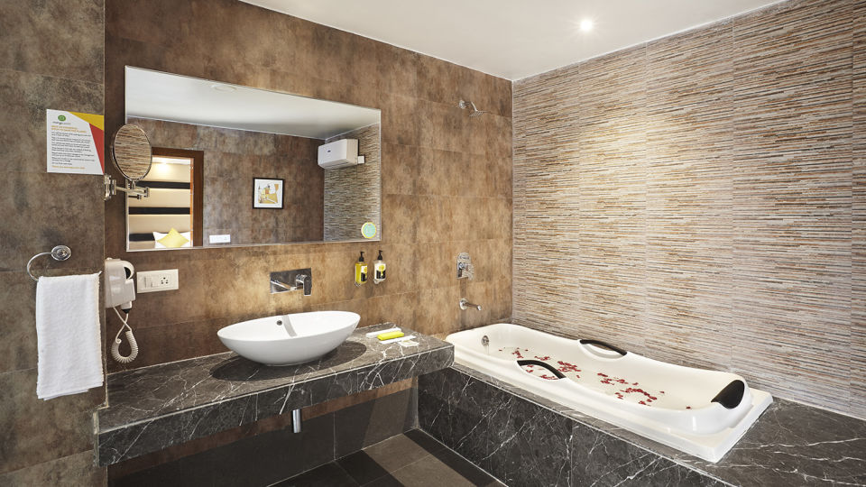 Mango Hotels Haridwar, Mango Club, Haridwar Hotel Rooms 2