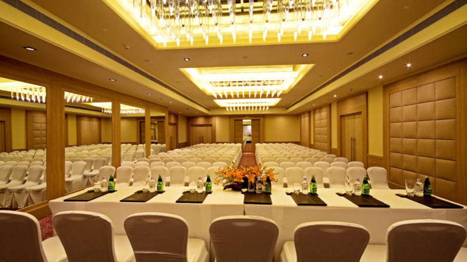 Banquets Radisson Hyderabad Hitech City Hyderabad 10
