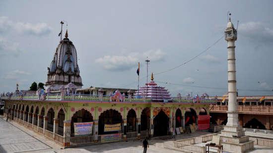 Tijara Fort Palace - Alwar Alwar Jain Temples Tijara Near Hotel Tijara Fort Palace Alwar Rajasthan