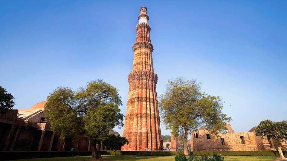 Qutub Minar, The Ashtan Sarovar Portico, Business Hotel In Green Park 3