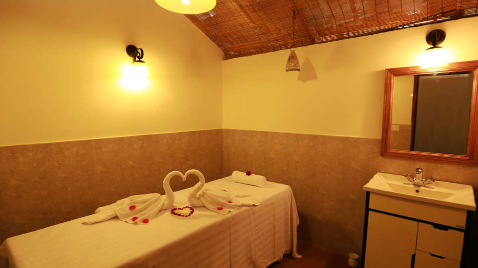Spa at Larisa Mountain Resort in Manali - Things to do in Manali