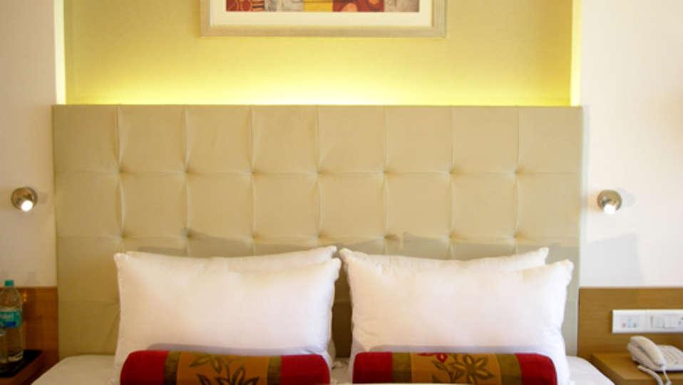 Superior Deluxe Rooms Grand Sarovar Premiere Mumbai 7
