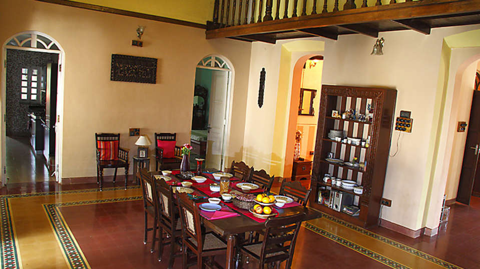 Dining Arco Iris - 19th C Curtorim Goa 1, Dine In Goa