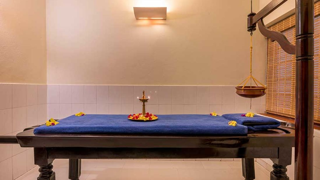 abad-turtle-resort-inside-spa-room, Contact Beach Resort in Marari, Beach resorts in Allepey, 4 Star Resorts in Alleppey, Best Beach Resorts in Alleppey, Best Beach Resorts Near Cochin, Beach Resorts in Kerala