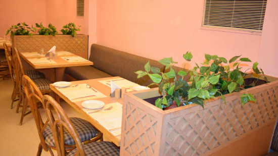 Best places to eat in Cochin, Multicuisine restaurants in Cochin-1, Abad Fort Kochi-8