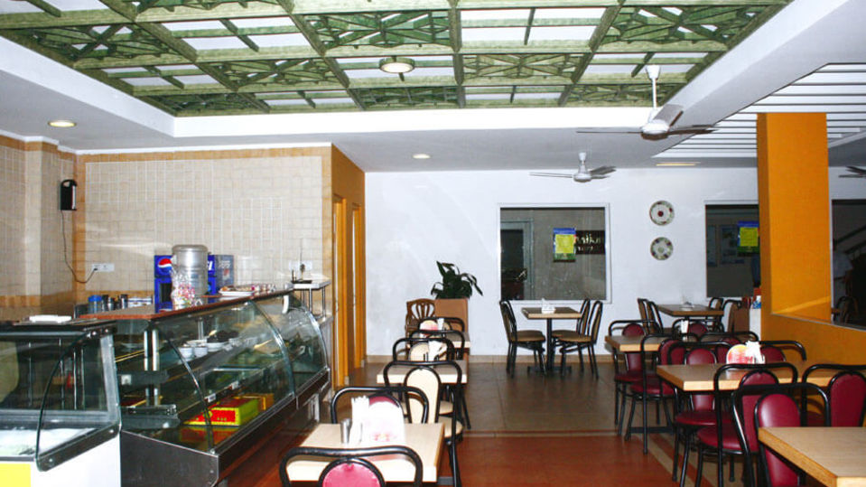 Places to eat in Cochin, Snack bars in Cochin-1, Abad Fort Kochi-4