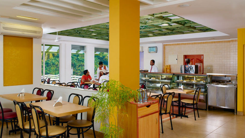Snackbars in Cochin, Cafes in Cochin-1, Abad Fort Kochi-3