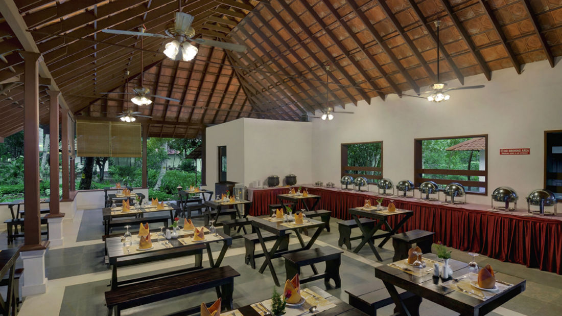 resturant 4, Contact Beach Resort in Marari, Beach resorts in Allepey, 4 Star Resorts in Alleppey, Best Beach Resorts in Alleppey, Best Beach Resorts Near Cochin, Beach Resorts in Kerala