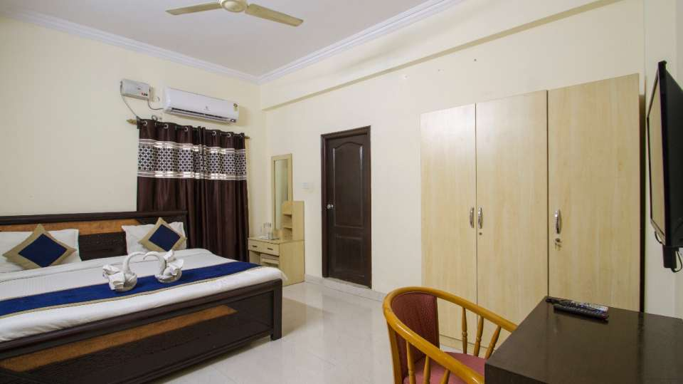 Rooms at Hotel NirmalVilla Cherry Service Apartment - Begumpet Hyderabad 3