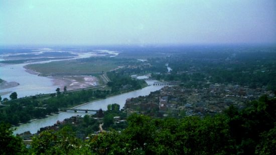 Le ROI Haridwar Hotel Haridwar River Ganges in Haridwar