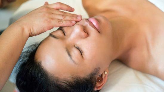 women-relax-spa-massage