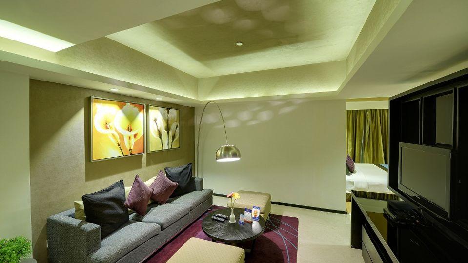 Davanam Sarovar Portico Suites, Bangalore Bangalore Executive Suite Hotel Davanam Sarovar Portico Suites Madiwala Bangalore