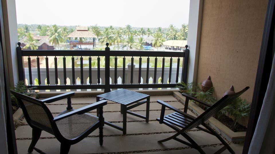 Balcony Vasundhara Sarovar Premiere Vayalar