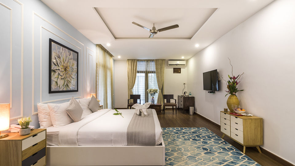 Rooms at The Bougain Villa Hotel in Bangalore near to MG Road 5