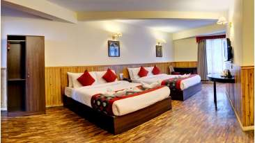 Deluxe Room triple sharing 1