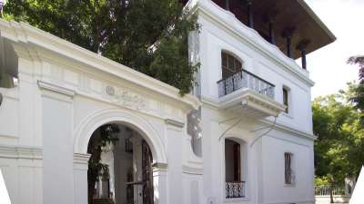 Facade 1,Hotel Le Dupliex Pondicherry , best resorts in pondicherry1