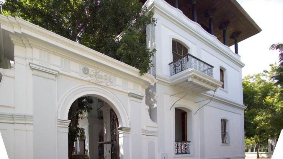 Facade 1,Hotel Le Dupliex Pondicherry , best resorts in pondicherry1