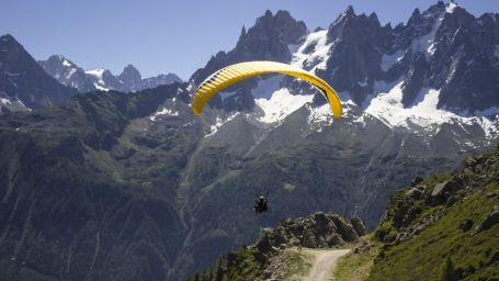 Paragliding, RS Sarovar Palampur, Hotels in Palampur