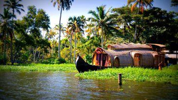Travel Desk The Gokulam Park Kochi