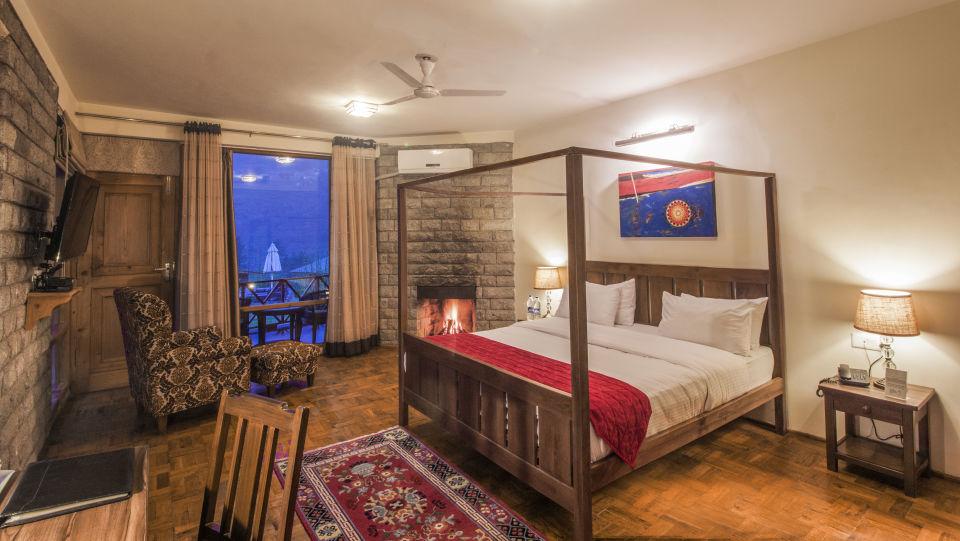 Deluxe Room with Bonfire LaRisa Beach Resort in Goa