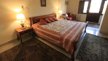 Deluxe Rooms Hotel Meghniwas Jaipur 5