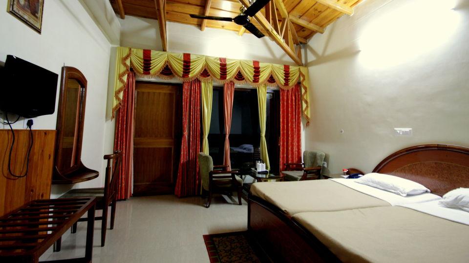 Ojaswi Resort Chaukori Chaukori Super Deluxe Room at Ojaswi Hotel and Resort in Chaukori