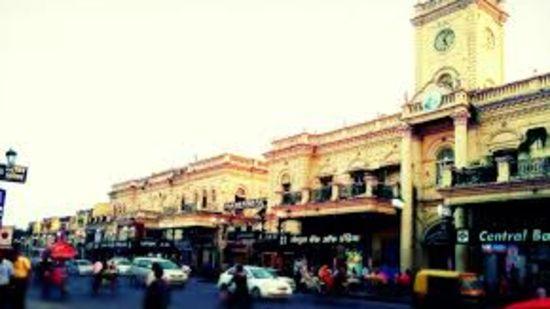 Hazratganj, La Place Sarovar Portico lucknow, lucknow hotels 1