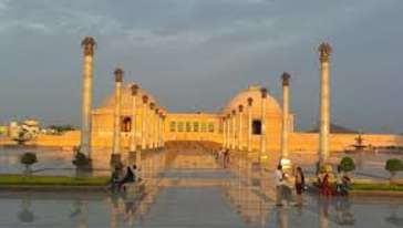 ambedkar park, The Piccadily Lucknow, Places to see in Lucknow