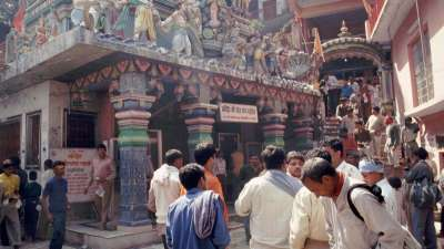 Neelkanth Temple - tourist attraction near Glasshouse on the Ganges, hotel near Ganga river