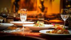 Dining Taurus Sarovar Portico New Delhi