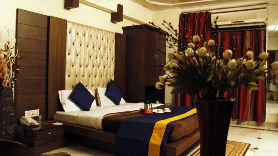 Hotel Welcome Palace, Paharganj, Delhi New Delhi Double Deluxe Room 5 Hotel Welcome Palace Pahrganj Delhi