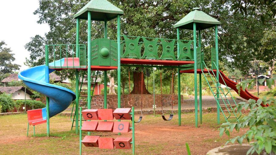 alt-text Kids Play Area - Kundalika