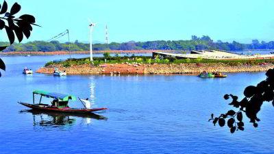 1Sukhna Lake near Hometel Chandigarh, business hotel in Chandigarh