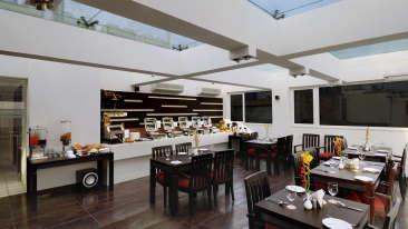 Restaurant Hotel Godwin Deluxe New Delhi