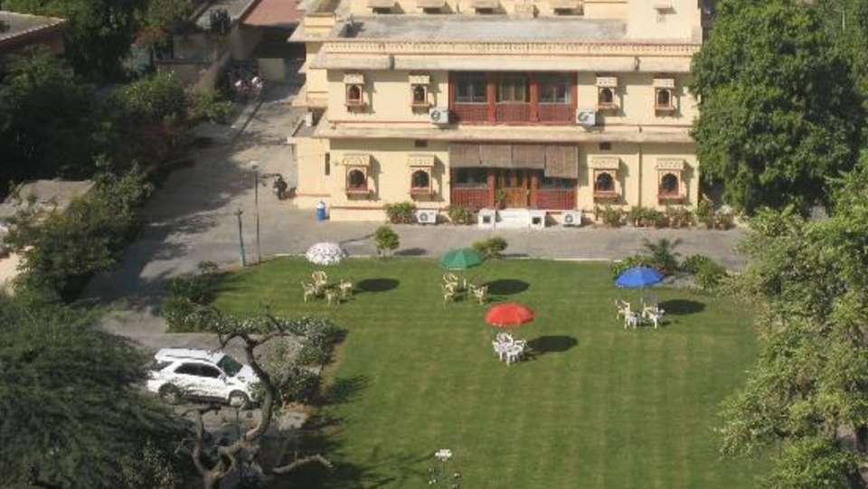 Facade Devi Niketan Heritage Hotel Jaipur