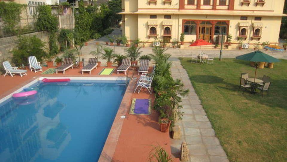 Swimming Pool Devi Niketan Heritage Hotel Jaipur