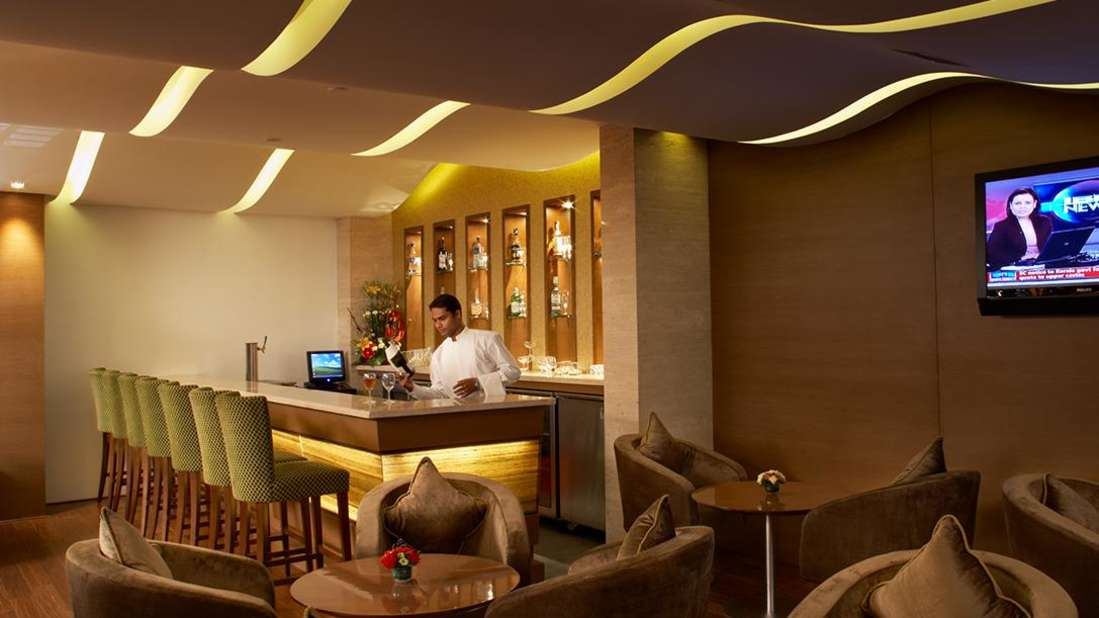 Hotel Adarsh Hamilton - Richmond Town, Bangalore Bangalore Hotel Adarsh Hamilton in Richmond Town Bangalore Luxury Hotel BAR COUNTER