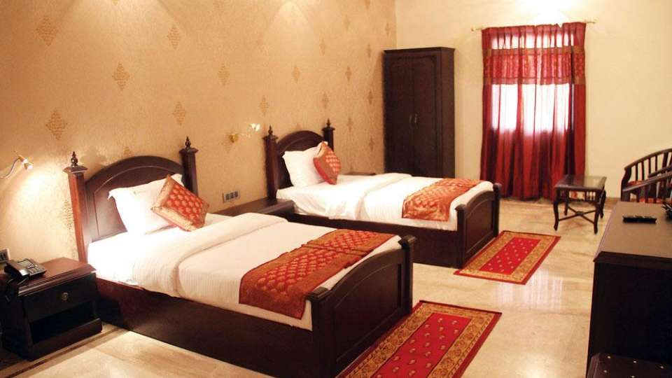 Traditional Heritage Haveli Hotel, Jaipur Jaipur dlx room traditional haveli haritage