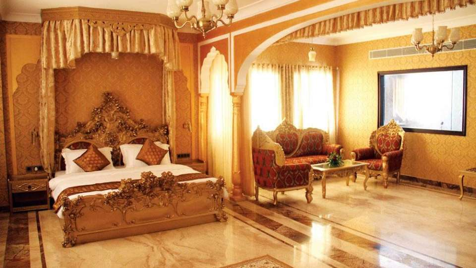 Traditional Heritage Haveli Hotel, Jaipur Jaipur hertiage suite traditional heritage haveli